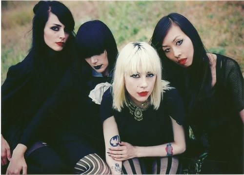 dum dum girls_interview-nouvel-album-true-too