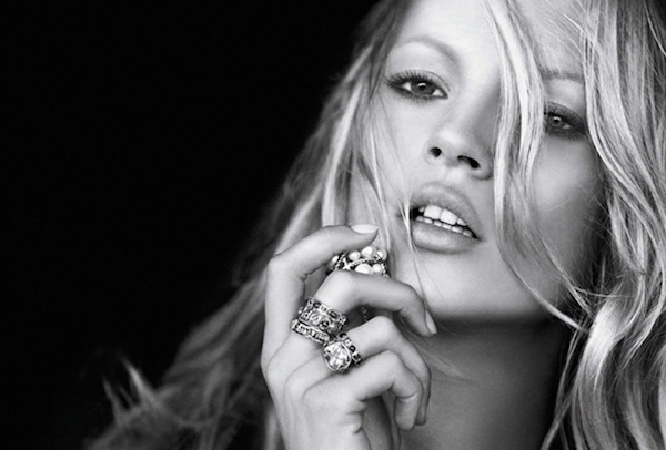 kate-moss-looking for kate
