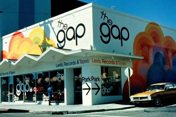 gap-1969-pop-up-record-store-paris-02