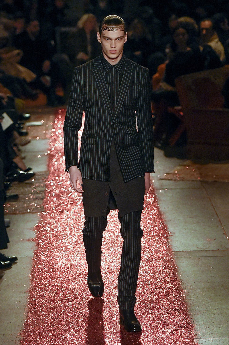givenchy_fw15_fy1