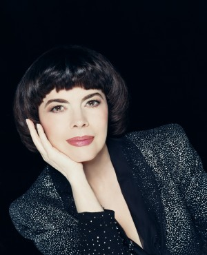 Mireille-Mathieu-1_pc-Abilne-Disc_All-rights-reserved