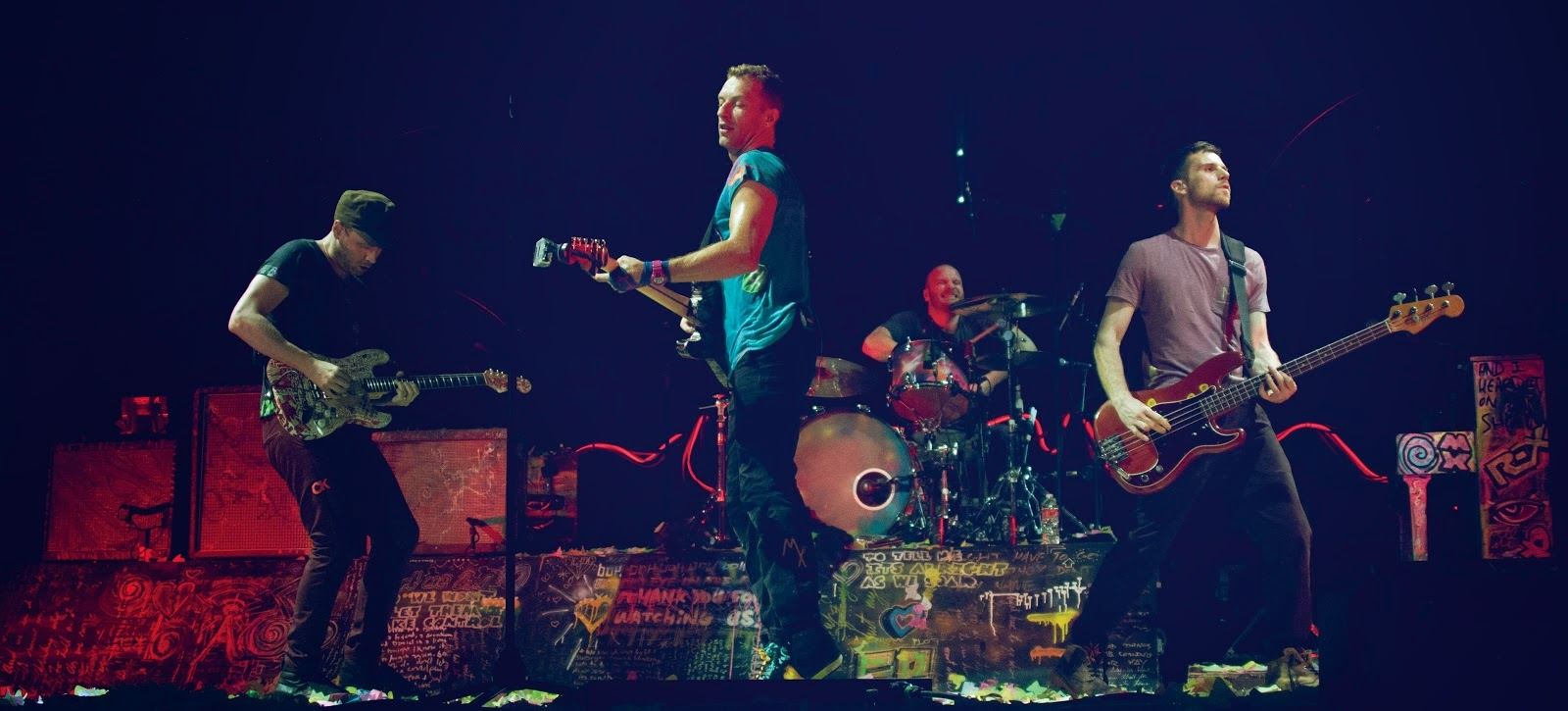 Coldplay-live-2012-pic2