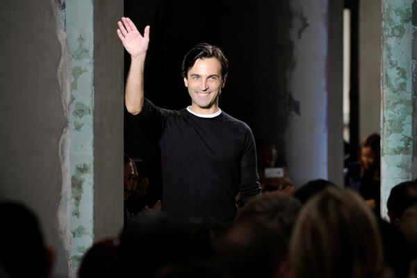 Top-10-évènements-mode-2013-Nicolas-guesquière-Louis-Vuitton
