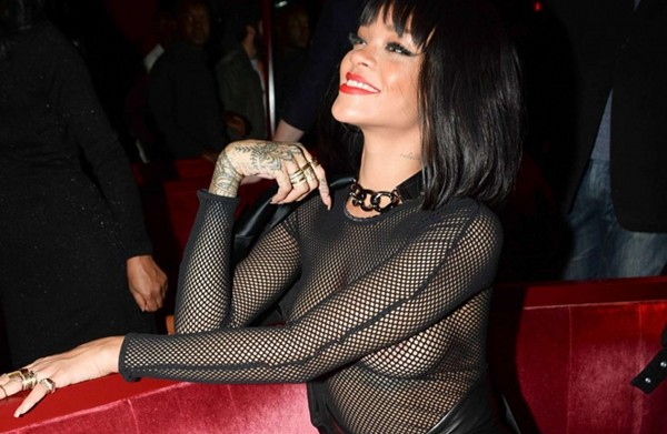 Rihanna-Balmain-Paris-Fashion-Show-2014-After-Party-16-720x787