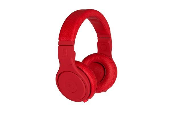 fendi-x-beats-by-dre-headphones-1