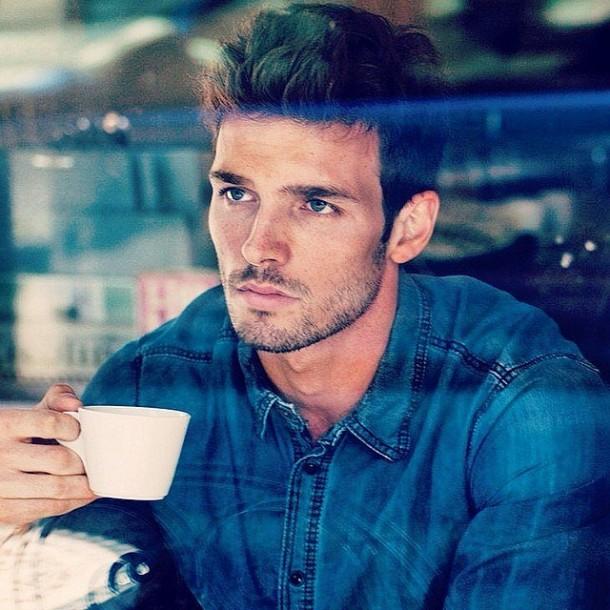 Hot-Men-Coffee-Instagram-Pictures-2