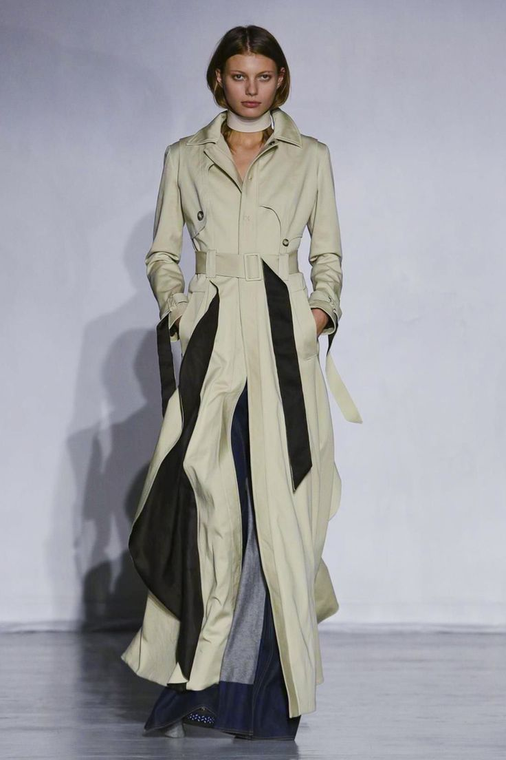 Anne Sofie Madsen Fahions Show Ready to Wear Collection Spring Summer 2016 in Paris