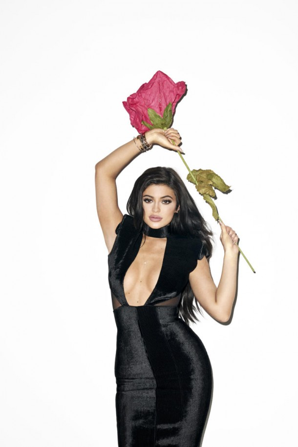 Kylie_Jenner_Galore_Mag_6_nud58s