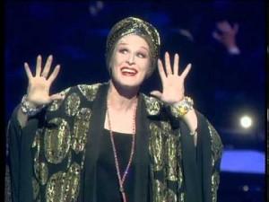 glenn-close-Norma-Desmond-8-Glenn-Close