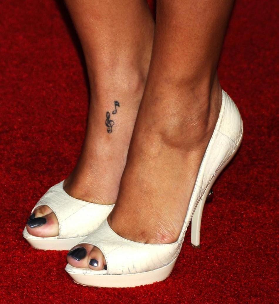 rihanna tatouage