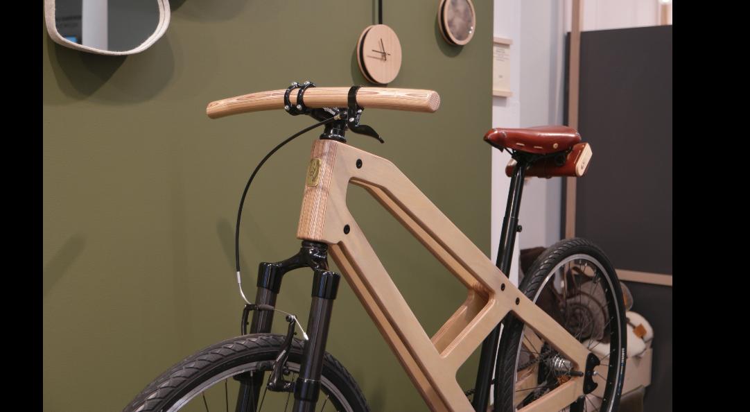 Damien Beal, vélo en bois